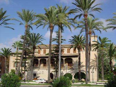 http://www.mallorcaweb.com/portal/img/fotografies/875/consolat-de-mar-2.jpg